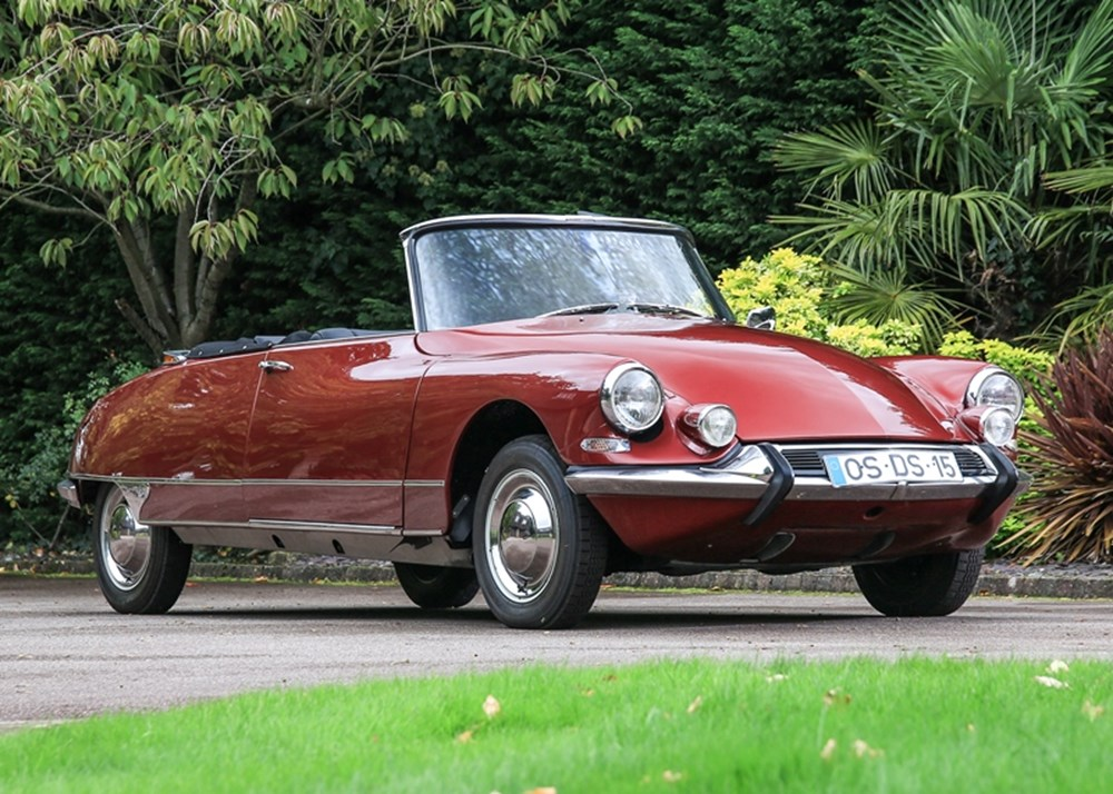 Lot 245 - 1962 Citroën DS19 Décapotable