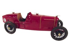 Navigate to 1930s Alfa Romeo P2 model
