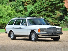 Navigate to Lot 136 - 1982 Mercedes-Benz 280 TE Estate