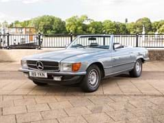 Navigate to Lot 238 - 1982 Mercedes-Benz 500 SL Roadster
