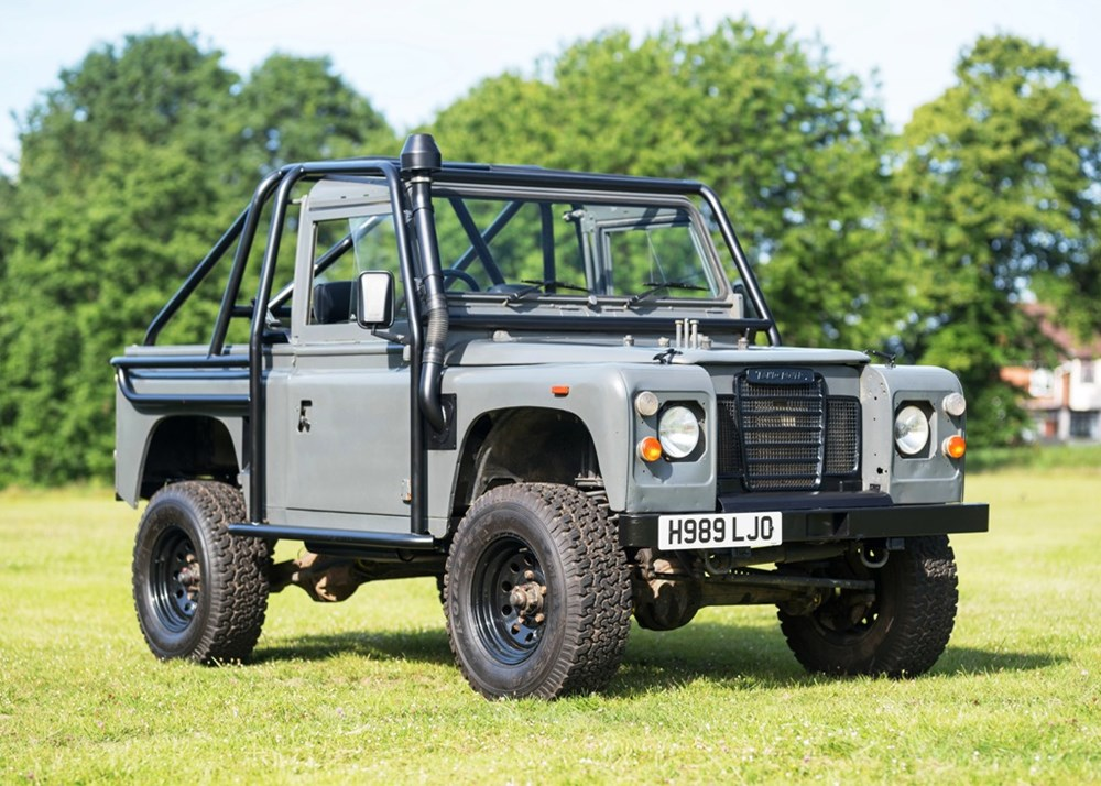 Lot 122 - 1991 Land Rover Defender 90 - 'The Man from U.N.C.L.E.'