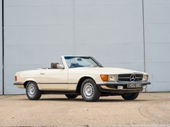 Navigate to Lot 238 - 1983 Mercedes-Benz 280 SL Roadster