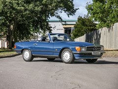 Navigate to Lot 242 - 1988 Mercedes-Benz 300SL Roadster