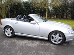 Navigate to Lot 200 - 2001 Mercedes-Benz SLK 320