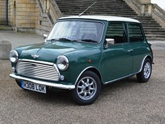 Navigate to Lot 255 - 1990 Rover Mini Cooper 1.3i
