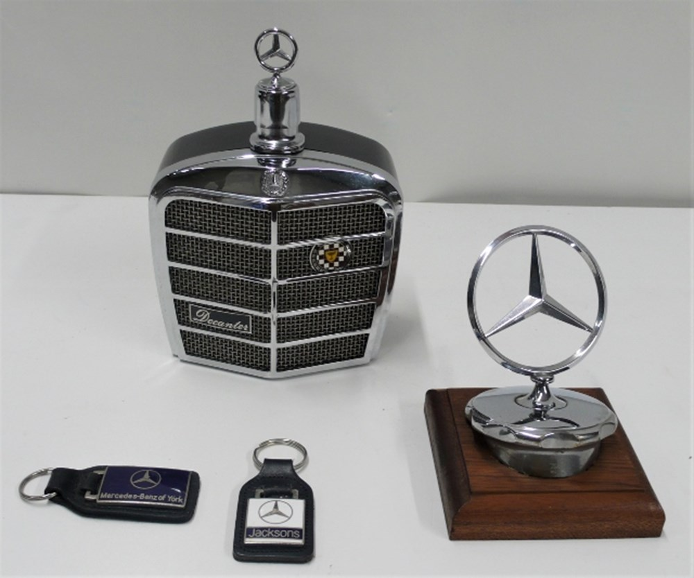Lot 62 - Mercedes-Benz collectables.