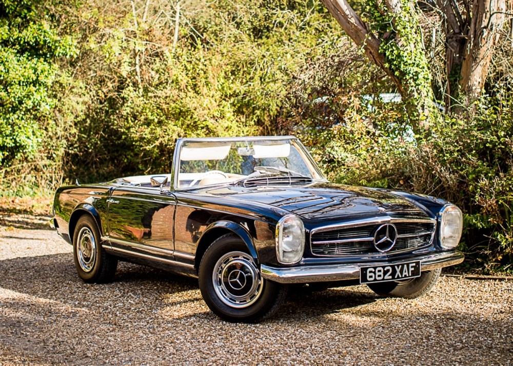 Lot 294 - 1964 Mercedes-Benz 230 SL