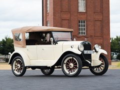 Navigate to Lot 253 - 1927 Chevrolet Capitol Tourer Convertible