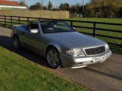 Navigate to Lot 209 - 1997 Mercedes-Benz SL 320 Roadster