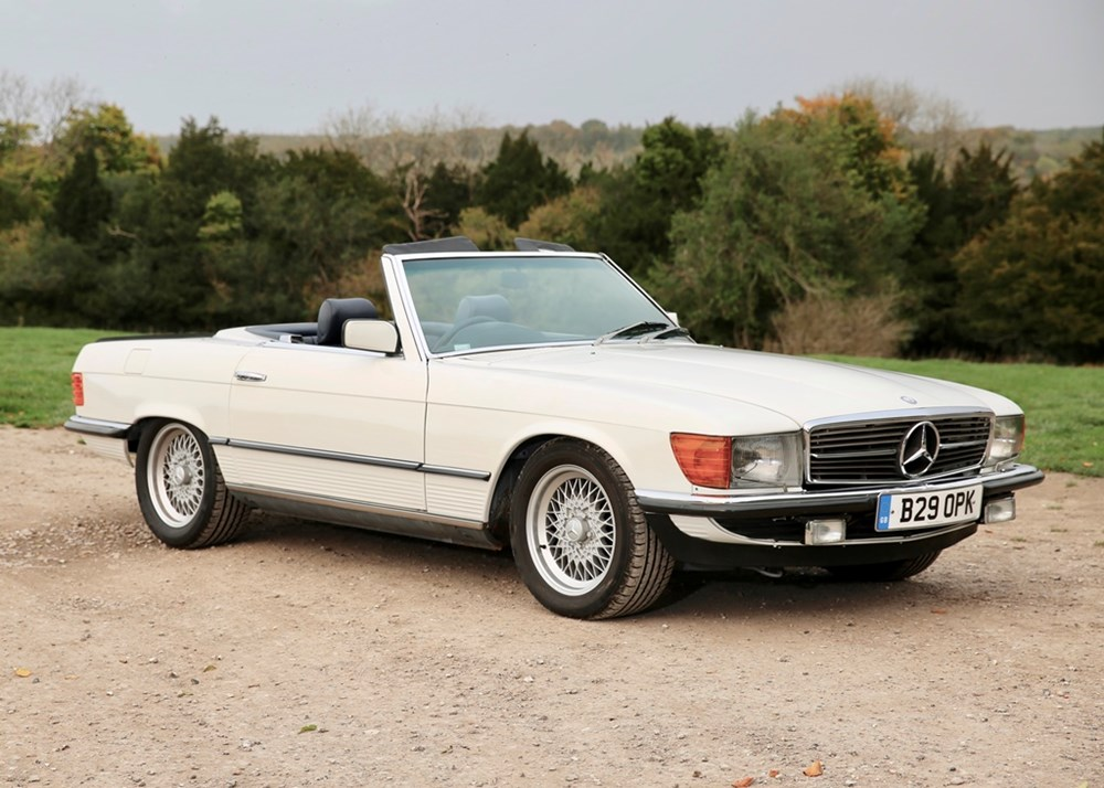 Lot 336 - 1984 Mercedes-Benz 500 SL Roadster