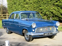 Navigate to Lot 318 - 1961 Ford Consul 375