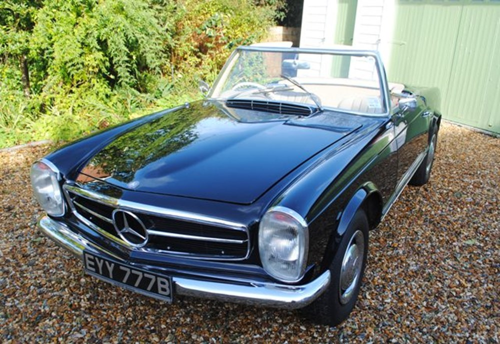 Lot 304 - 1964 12987 230SL Roadster
