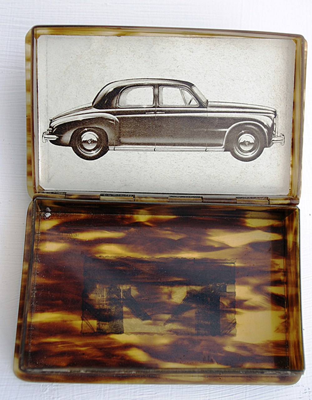 Lot 003 - Rover business card box