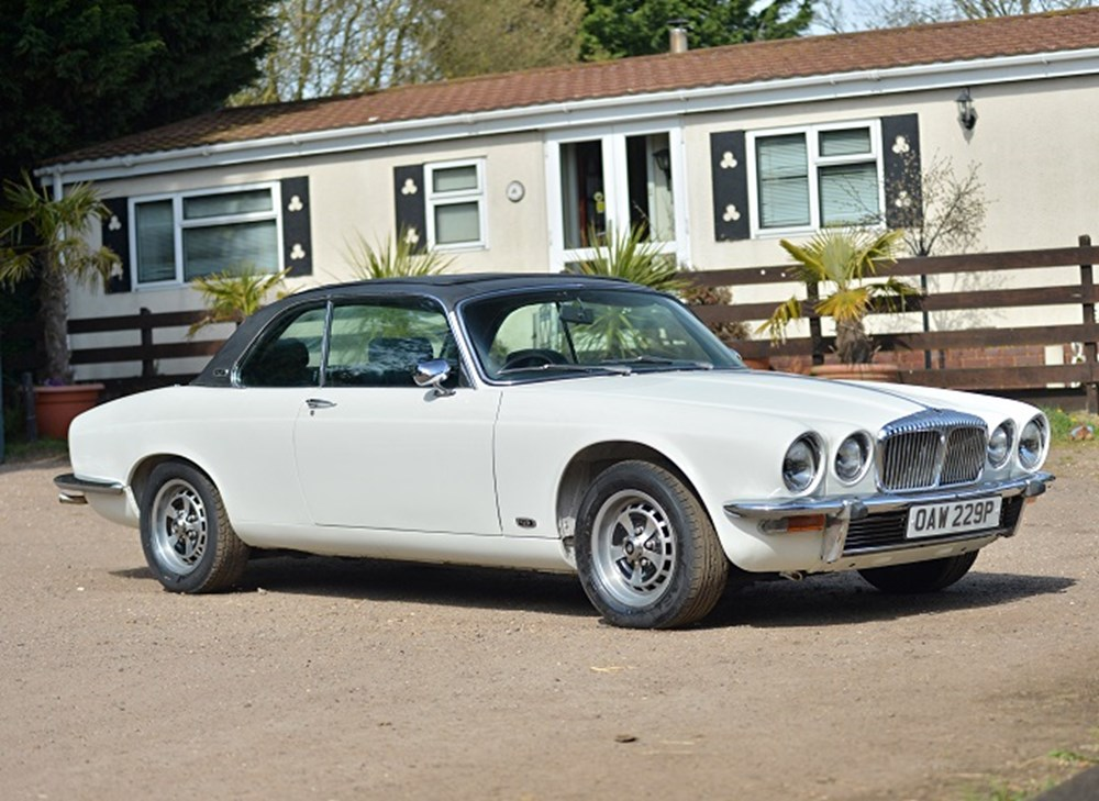 Lot 255 - 1976 Daimler Sovereign Coupé (4.2 litre)