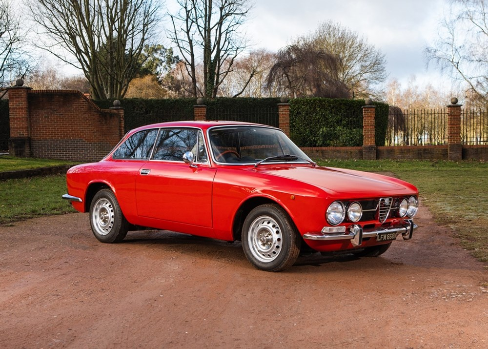 Lot 209 - 1975 Alfa Romeo 1600 GT Junior