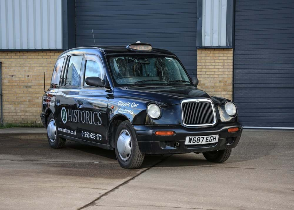Lot 214 - 2000  London Taxi International