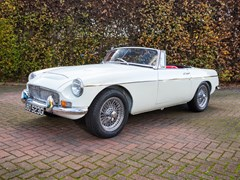 Navigate to Lot 227 - 1969 MG C Roadster