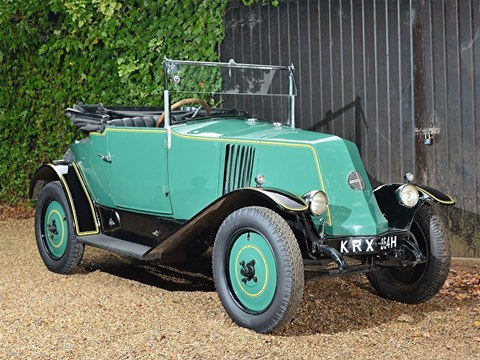 Ref 44 1924 Renault NN Doctors Coupe