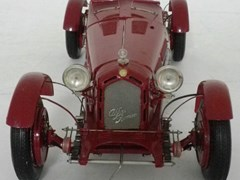 Navigate to An Alfa Romeo 8C 2300 Monza model.