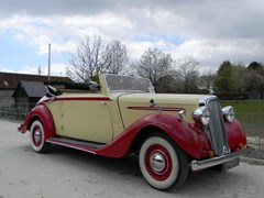 Navigate to Lot 365 - 1938 Humber Imperial Three Position Drophead Coupé