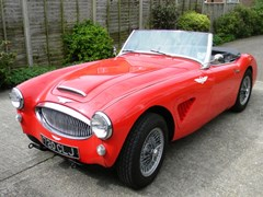 Navigate to Lot 351 - 1961 Austin-Healey 3000 Mk. II BT7