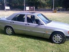 Navigate to Lot 203 - 1993 Mercedes-Benz 190E