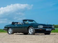 Navigate to Lot 117 - 1993 Jaguar XJS Convertible