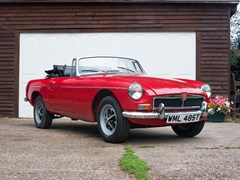 Navigate to Lot 133 - 1970 MG B Roadster