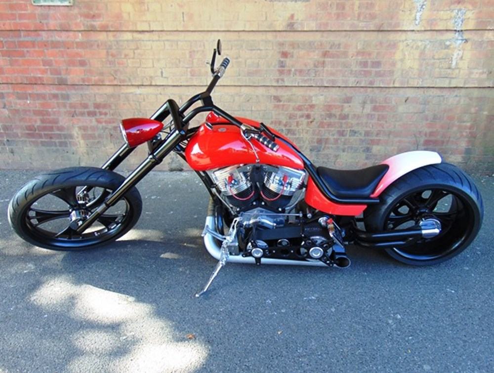Lot 366 - 2000 Harley-Davidson Custom Chopper