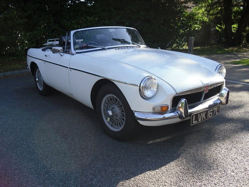 Lot 219 - 1973 MG B Roadster