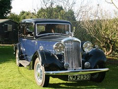 Navigate to Lot 262 - 1934 Humber Snipe 80