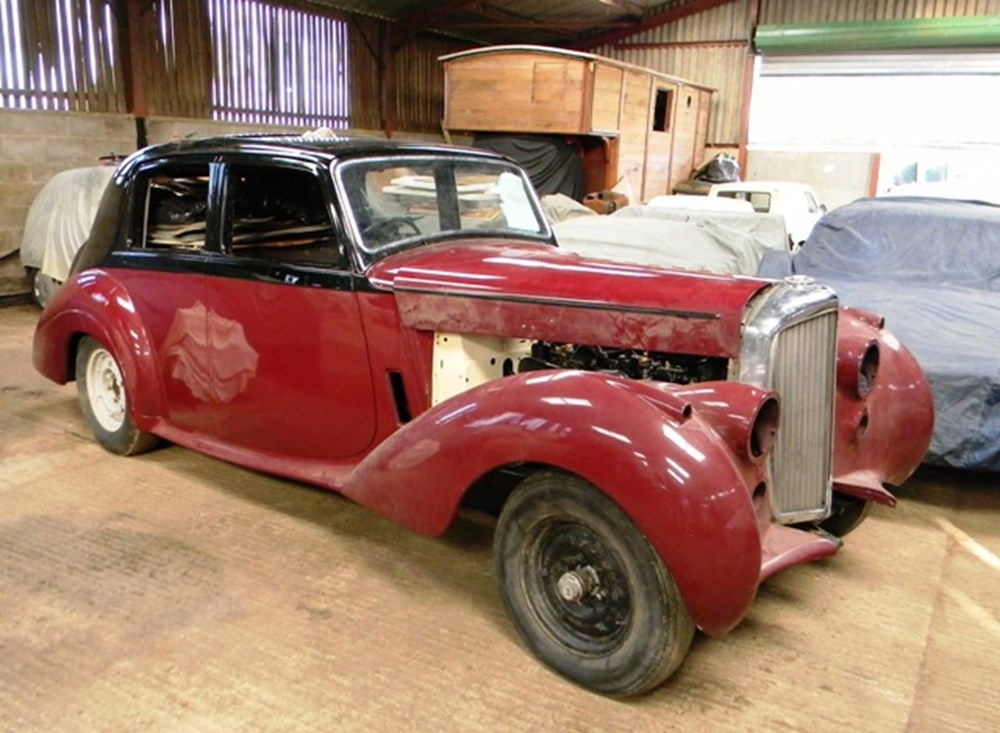 Lot 302 - 1953 Bentley R-Type Standard Steel Saloon