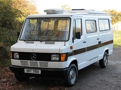 Navigate to Lot 201 - 1982 Mercedes-Benz 207D High-Top Camper