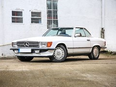 Navigate to Lot 123 - 1986 Mercedes-Benz 560 SL Roadster