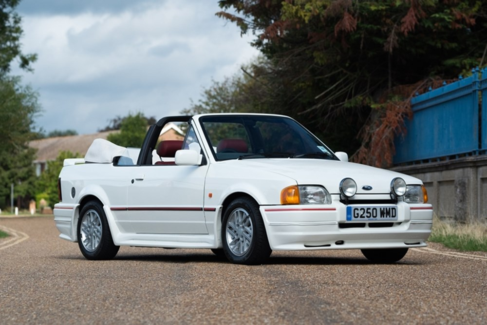 Lot 106 - 1989 Ford Escort 1.6 Cabriolet
