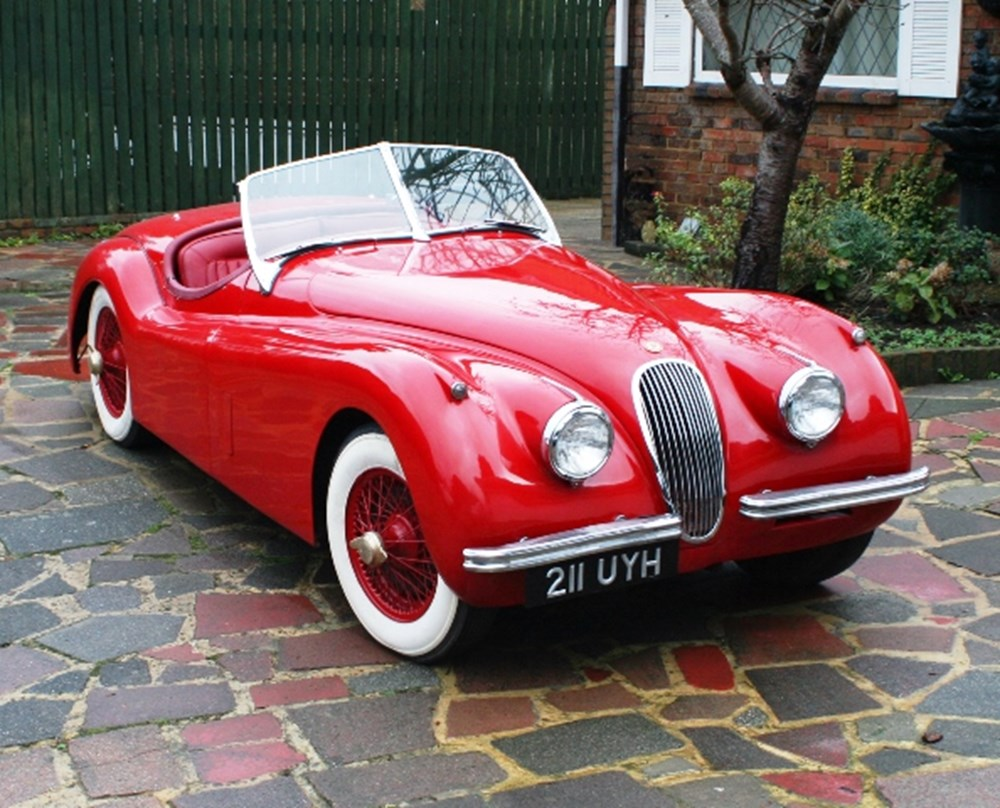 Lot 266 - 1954 Jaguar XK120SE Roadster