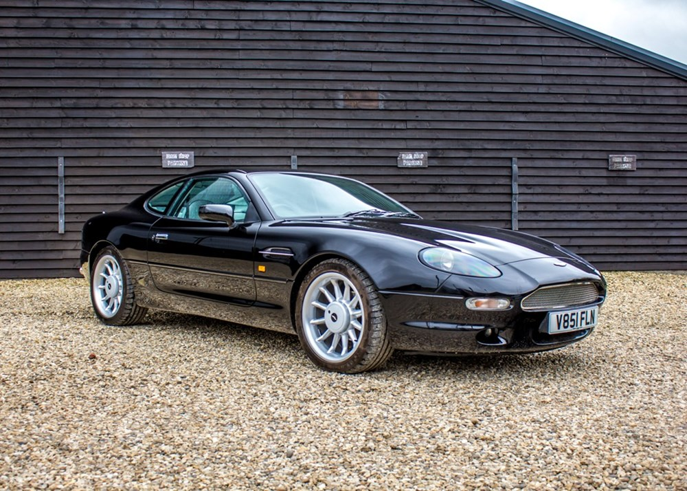 Lot 215 - 1999 Aston Martin DB7 i6 Stratstone Limited Edition Coupé