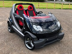 Navigate to Lot 180 - 2005 Smart Car Crossblade Roadster owned by former World Champion boxer 'Prince' Naseem Hamed