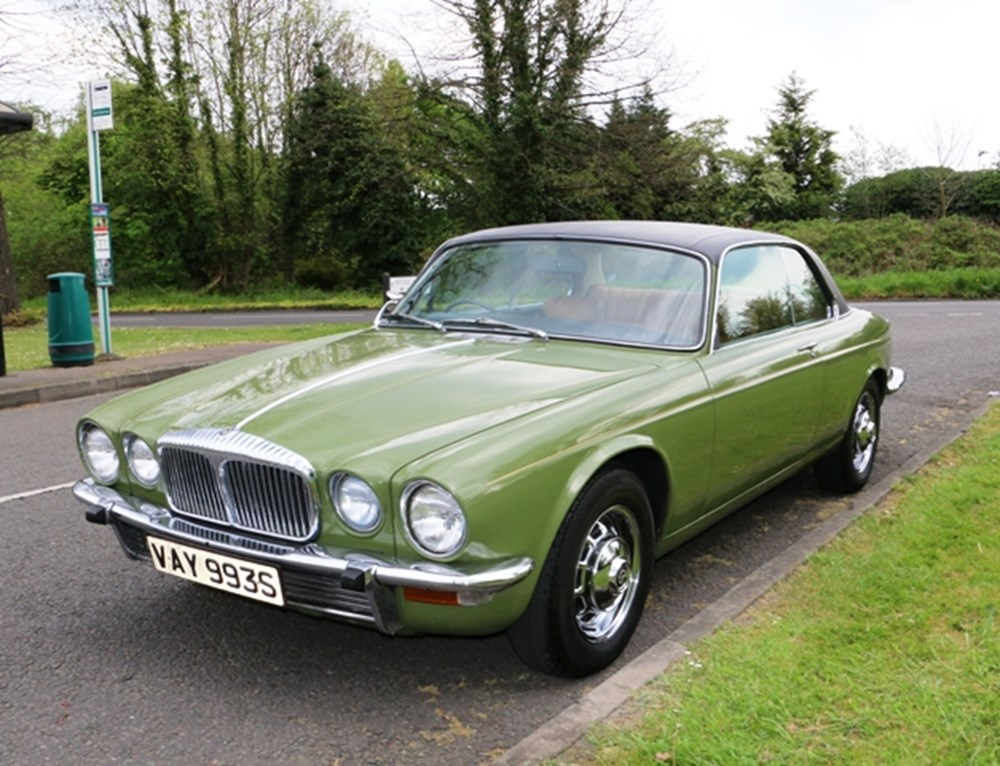 Lot 220 - 1977 Daimler Sovereign Coupé (4.2 litre)