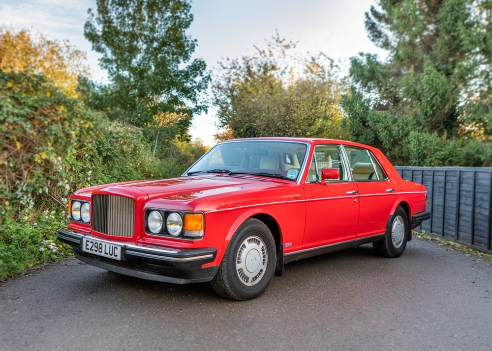 Lot 390 - 1988 Bentley Turbo R