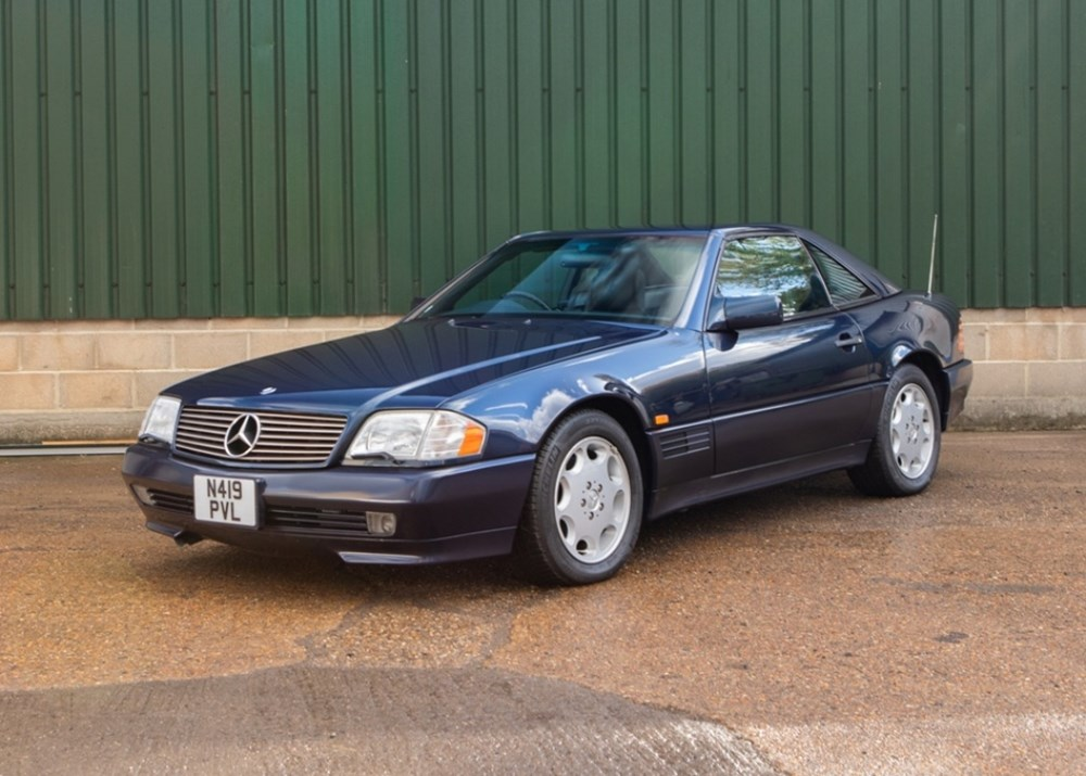 Lot 311 - 1995 Mercedes-Benz SL 500 Roadster