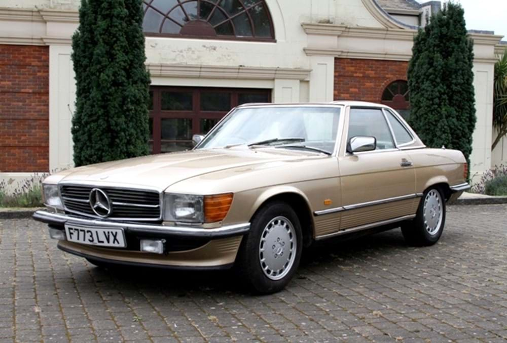 Lot 223 - 1988 Mercedes-Benz 300 SL Roadster