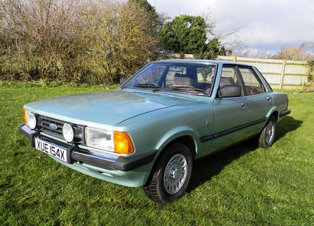 Lot 207 - 1982 Ford Cortina GL Ghia