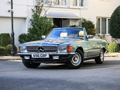 Navigate to Lot 319 - 1983 Mercedes-Benz 280 SL Roadster