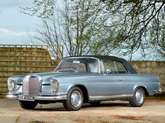 Navigate to Lot 171 - 1965 Mercedes-Benz 220 SE Convertible