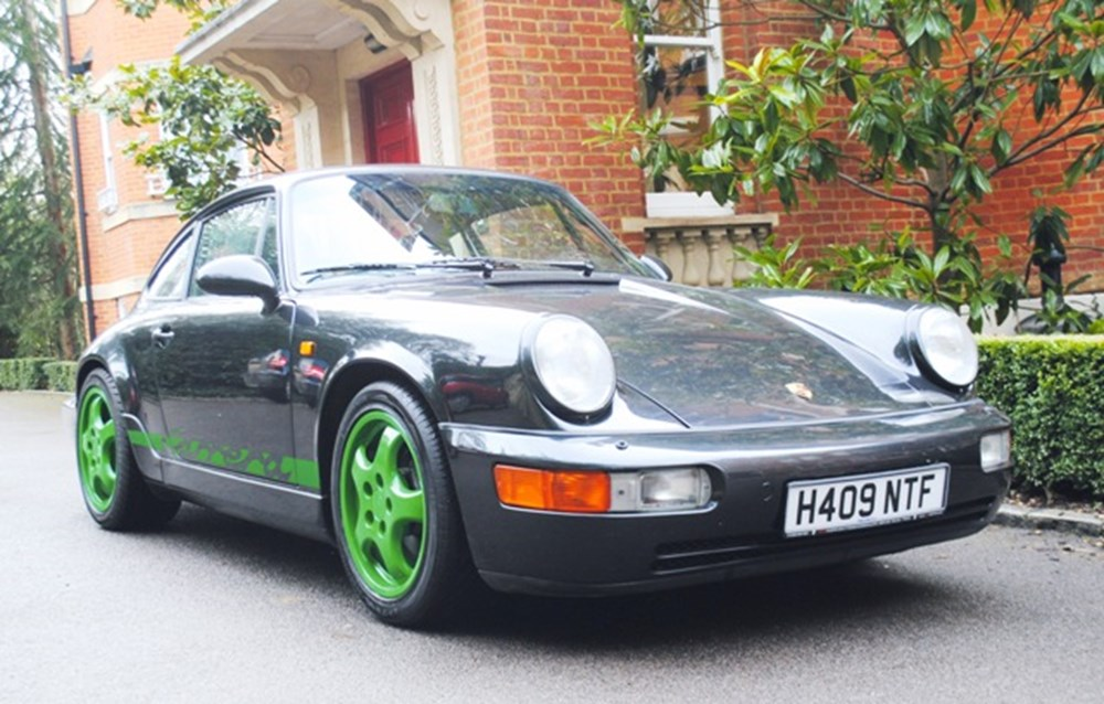 Lot 232 - 1990 Porsche 911/964 Carrera 2 Coupe