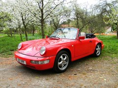 Navigate to Lot 405 - 1990 Porsche 911 Carrera 4 Cabriolet