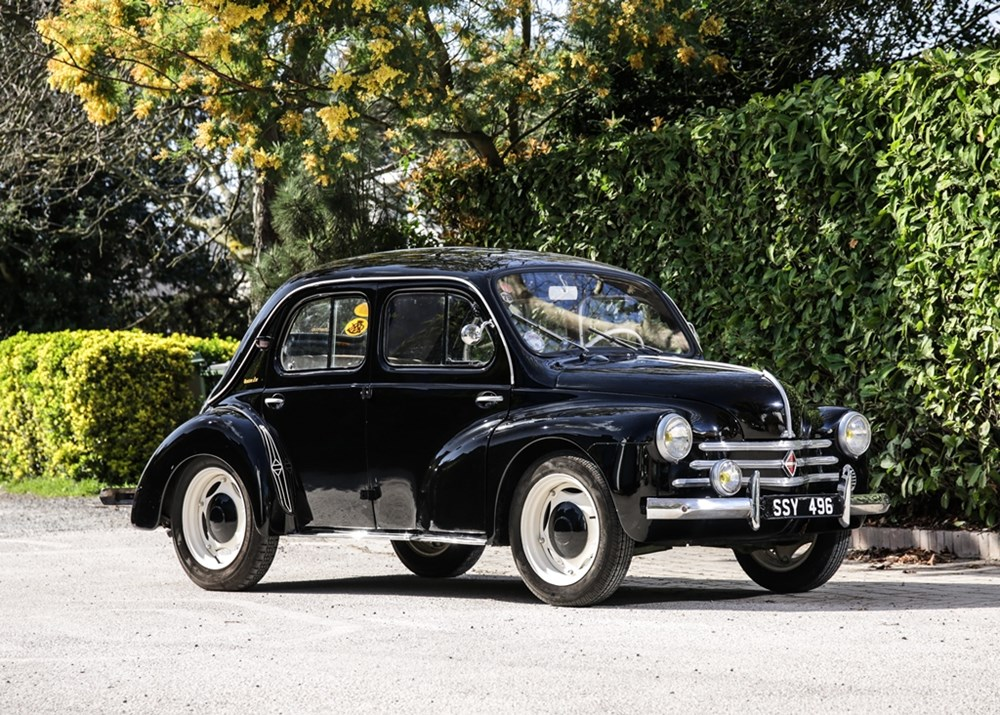 Lot 117 - 1955 Renault 4CV 'Bouton d'Or'