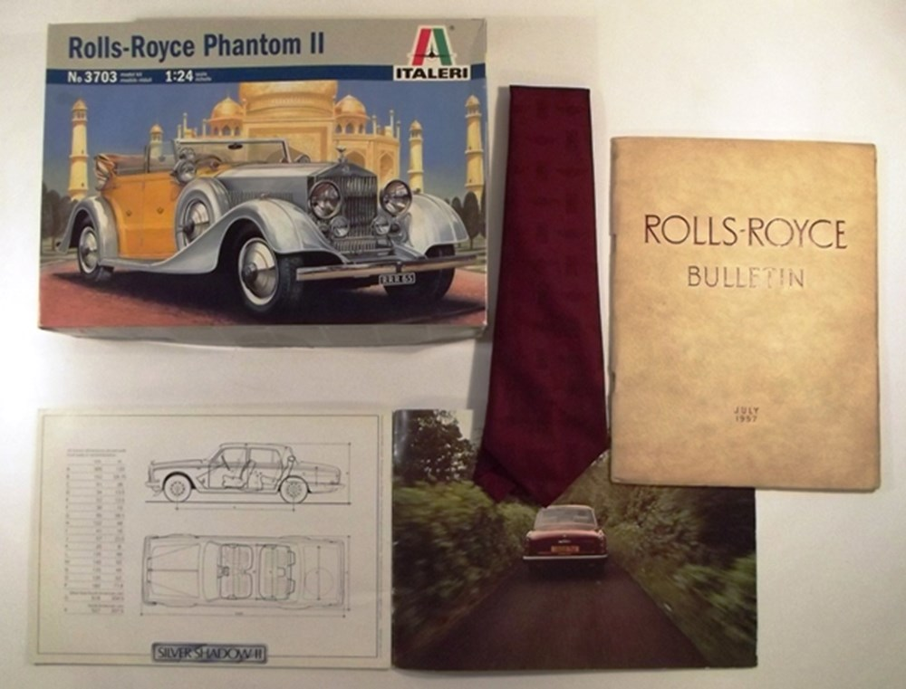 Lot 086 - Rolls-Royce related collectables