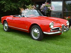 Navigate to Lot 266 - 1963 Alfa Romeo Giulia 101 Series 1600 Spider